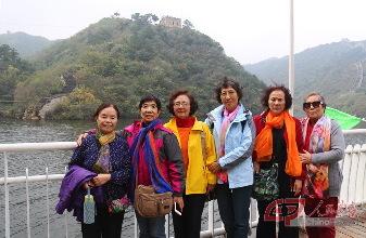 人民画报 人民画报社组织离退休老干部重阳节活动
